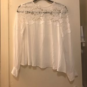 White lace long-sleeved blouse